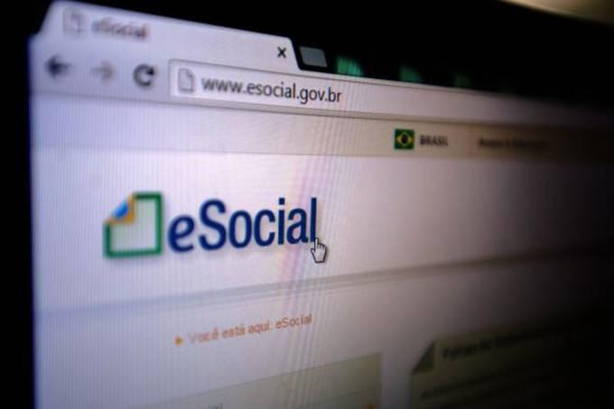 Prazo para médias empresas fecharem a primeira folha no eSocial acabou em 07/02