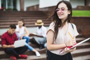 Jovem relata sua primeira experiência profissional por meio do eSocial