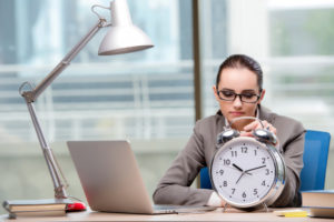 Dupla jornada faz mulheres trabalharem 3,1 horas a mais que homens