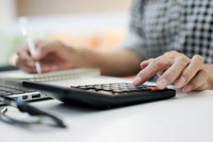 Mais ricos recebem 56% das deduções com saúde do Imposto de Renda