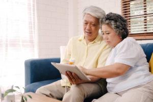 Economia na reforma da Previdência com idade mínima para homem é 3 vezes a da mulher