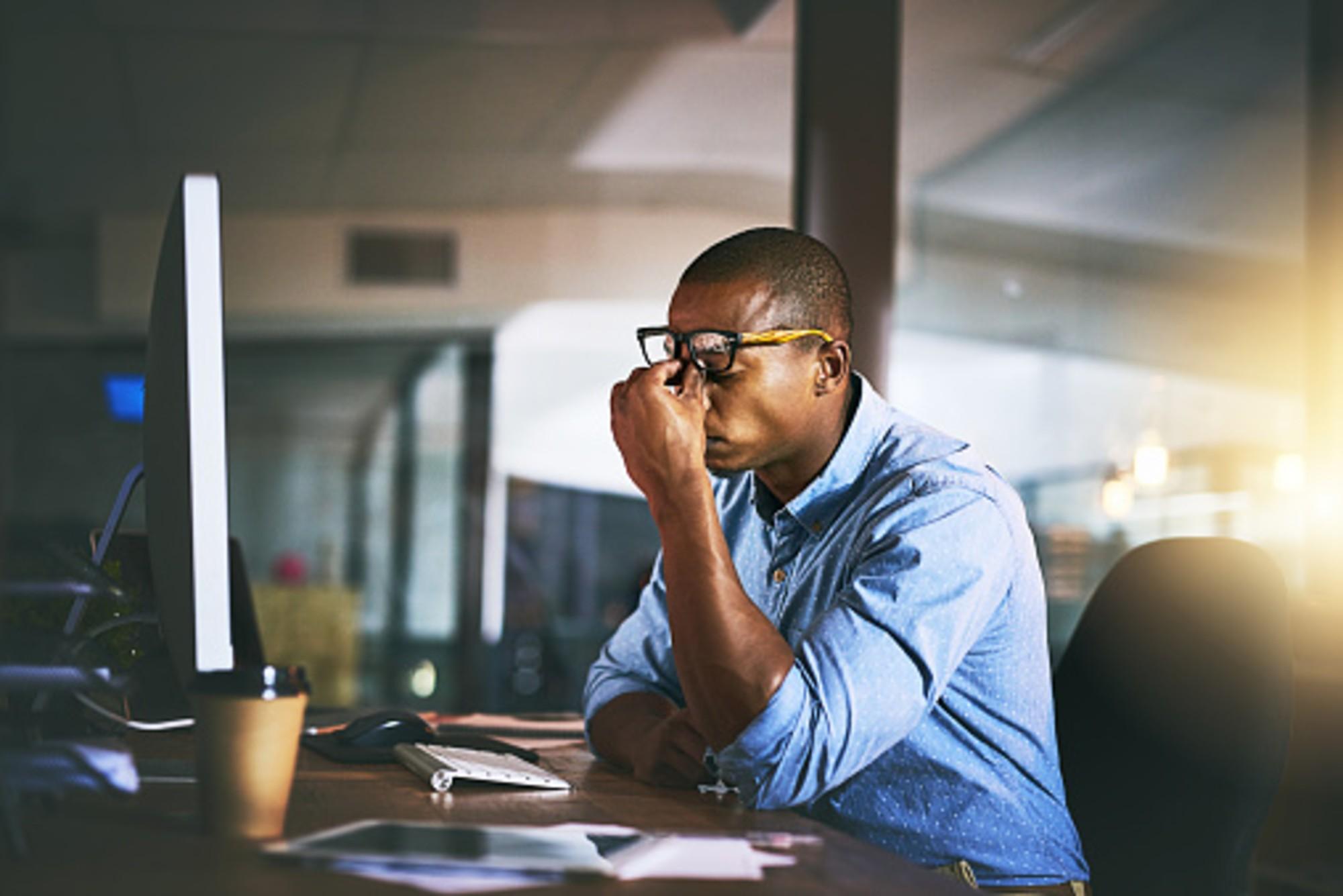 Esqueça as propostas extravagantes, qualidade do ar e luz natural têm o maior impacto no bem-estar dos funcionários