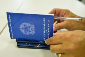 Cresce trabalho com carteira assinada no 2º trimestre, aponta IBGE