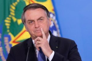 Para marcar 300 dias de governo, Bolsonaro lança pacote estímulo ao emprego