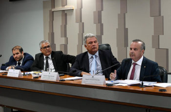 Contrato Verde-Amarelo: Comissão da MP aprova plano de trabalho