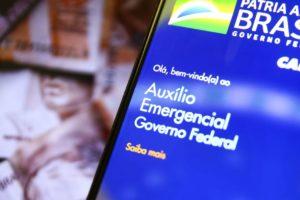 Auxílio emergencial: Governo estuda prorrogação até março